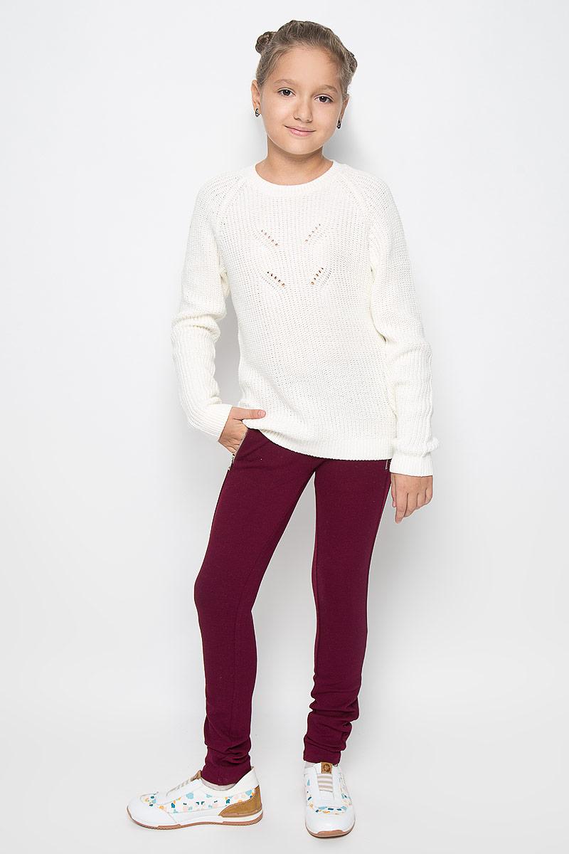 БрюкиPk-615/497-6342Стильные трикотажные брюки Sela идеально подойдут вашей моднице для школы, отдыха или прогулок. Изготовленные из вискозы и нейлона с добавлением эластана, они мягкие и приятные на ощупь, не сковывают движения ребенка и позволяют коже дышать, обеспечивая наибольший комфорт. Брюки-слим на талии имеют широкую эластичную резинку. Спереди брюки дополнены прорезными карманами с застежками-молниями. По бокам модель оформлена эластичными вставками. Современный дизайн и расцветка делают эти брюки стильным предметом детского гардероба. В них ваш ребенок всегда будет в центре внимания!