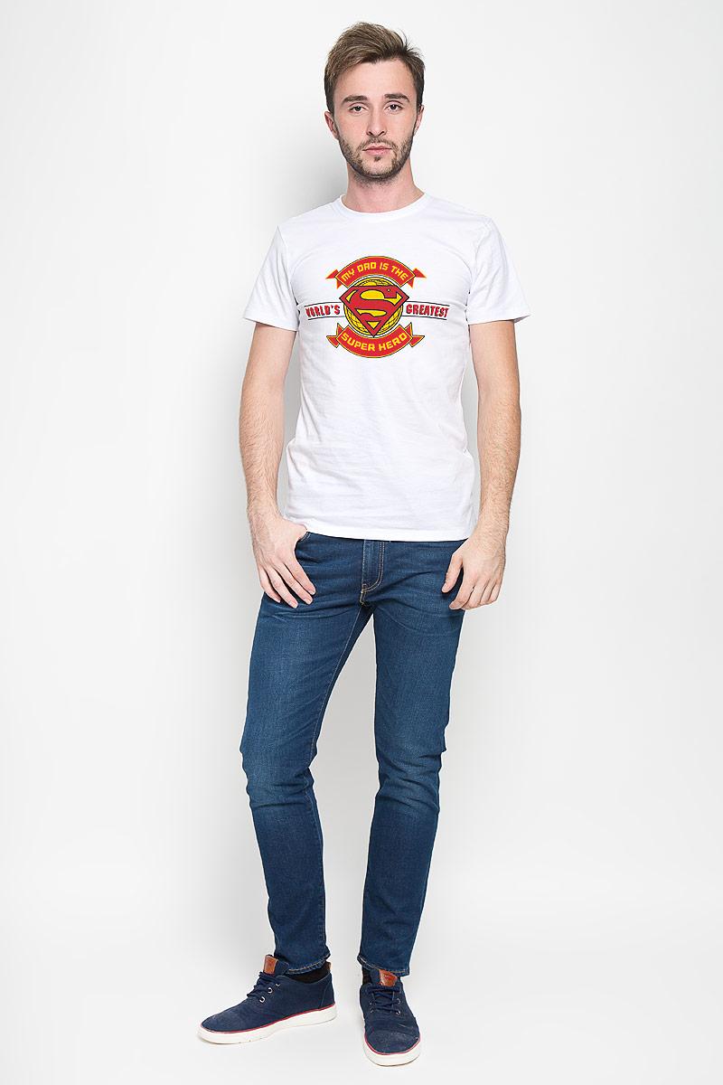 Футболка мужская RHS Superman, цвет: белый. 44696. Размер S (46)44696Оригинальная мужская футболка RHS Superman, выполненная из высококачественного хлопка, обладает высокой теплопроводностью, воздухопроницаемостью и гигроскопичностью, позволяет коже дышать. Модель с короткими рукавами и круглым вырезом горловины, оформлена крупным принтом спереди на тематику известного комикса Superman. Горловина дополнена эластичной трикотажной резинкой.Идеальный вариант для тех, кто ценит комфорт и качество.