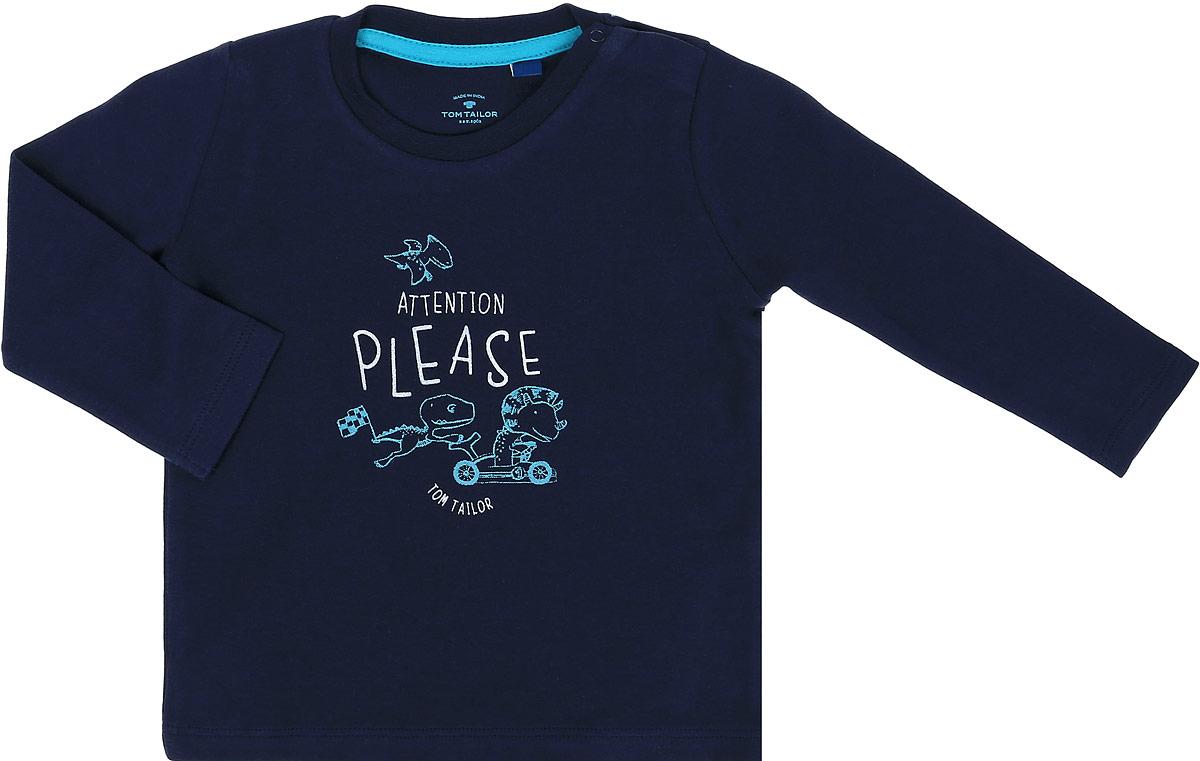 Футболка1034543.00.22_6811Стильная футболка с длинным рукавом Tom Tailor идеально подойдет вашему ребенку. Изготовленная из 100% хлопка, она мягкая и приятная на ощупь, не сковывает движения и позволяет коже дышать, не раздражает даже самую нежную и чувствительную кожу ребенка, обеспечивая ему наибольший комфорт. Футболка прямого кроя с длинными рукавами и круглым вырезом горловины оформлена оригинальным принтом. Удобные застежки-кнопки по плечу помогают легко переодеть ребенка. Вырез горловины дополнен трикотажной эластичной резинкой. Современный дизайн и модная расцветка делают эту футболку стильным предметом детского гардероба. В ней ваш ребенок будет чувствовать себя уютно, комфортно и всегда будет в центре внимания!