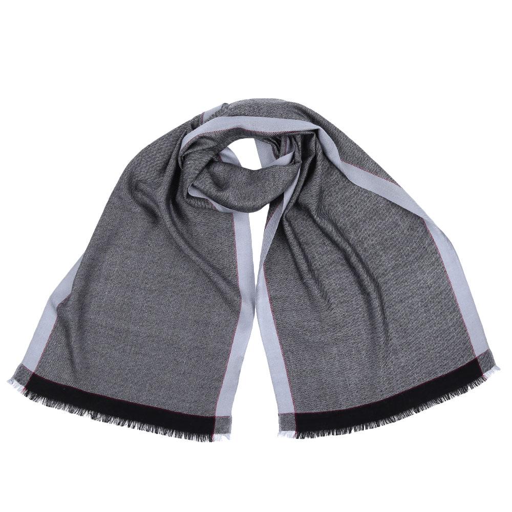 ШарфGYHY129-AСтильный шарф поможет внести живость в любой образ, подарит уют и согреет от холодного ветра. Выполнен из высококачественного материала.
