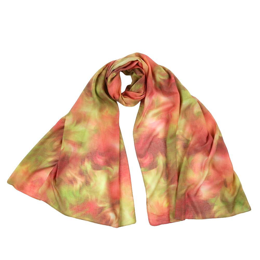 Шарф женский Fabretti, цвет: зеленый, красный. F1543. Размер 70 см х 190 смF1543-3Стильный шарф поможет внести живость в любой образ, подарит уют и согреет от холодного ветра. Выполнен из высококачественного материала и оформлен оригинальным принтом.