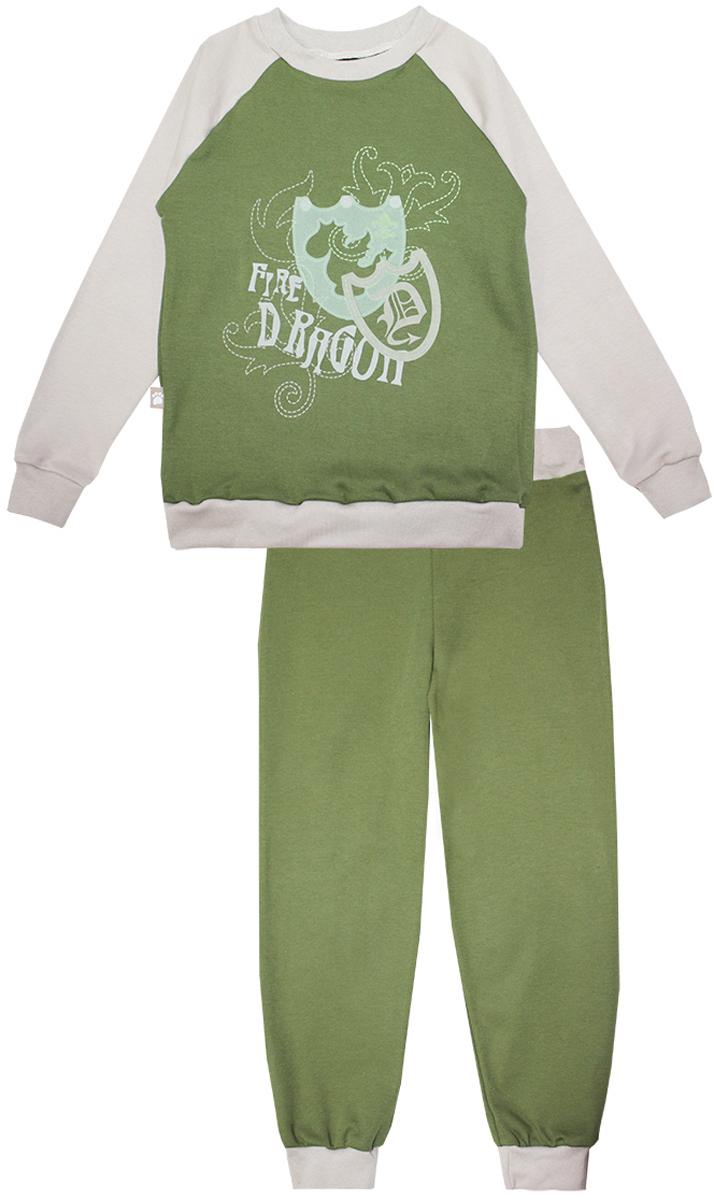 Пижама для мальчика КотМарКот Дракон, цвет: зеленый, бежевый. 16553. Размер 116, 6 лет16553Пижама для мальчика КотМарКот Дракон включает в себя лонгслив и брюки. Пижама изготовлена из натурального хлопка.Лонгслив с длинными рукавами-реглан и круглым вырезом горловины оформлен принтом с изображением щитов и надписью Fire Dragon.Свободные брюки с широкой эластичной резинкой на поясе дополнены трикотажными манжетами по низу брючин.