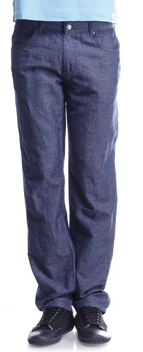 Брюки20054 RW Lt BlueЛегкие и комфортные мужские брюки Montana выполнены из льна с добавлением хлопка. Модель прямого кроя по поясу застегивается на пуговицу и имеет ширинку на застежке-молнии. На поясе предусмотрены шлевки для ремня. Спереди расположено два втачных кармана и маленький накладной, а сзади - два больших накладных кармана. Брюки оформлены фирменной нашивкой.