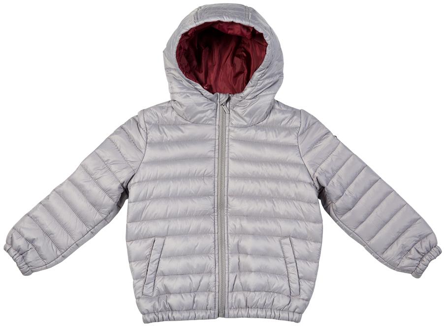 Куртка для мальчика Button Blue, цвет: светло-сиреневый. 216BBBC41010600. Размер 140, 10 лет216BBBC41010600Легкая стеганая куртка с капюшоном - залог хорошего настроения в холодный осенний день! Модель на синтепоне, дарит ребенку тепло, комфорт и свободу движений. Модная форма, динамичная горизонтальная стежка, контрастная подкладка обеспечивают куртке прекрасный внешний вид! Тонкий мешок-чехол для компактного хранения курки - приятное функциональное дополнение к основной покупке!