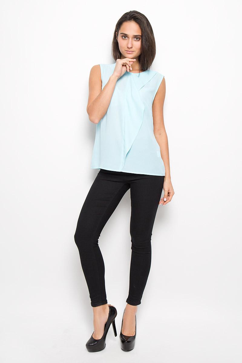 Блузка10200270070_200Стильная женская блузка Concept Club Cornet, выполненная из креповой ткани, обладает высокой теплопроводностью, воздухопроницаемостью и гигроскопичностью, позволяет коже дышать. Модель без рукавов и с круглым вырезом горловины спереди оформлена декоративной оборкой. На спинке застегивается на пуговицу. Такая блузка станет стильным дополнением к вашему гардеробу, она подарит вам комфорт в течение всего дня!