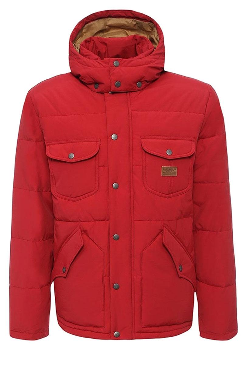 Куртка мужская Lee, цвет: красный. L88GWNPB. Размер XL (52)L88GWNPBМужская куртка Lee идеально дополнит ваш образ в прохладную погоду. Изделие выполнено из хлопка и полиамида. Подкладка изготовлена из гладкого и приятного на ощупь материала контрастного цвета. В качестве утеплителя используется полиэстер, который обеспечивает максимальное сохранение тепла.Куртка прямого кроя с воротником-стойкой и капюшоном застегивается на молнию. Модель оснащена двумя ветрозащитными планками. Внешняя планка имеет застежки-кнопки. Капюшон, дополненный по краю затягивающимся шнурком, пристегивается к куртке с помощью кнопок. На капюшоне имеется клапан на кнопках для защиты от ветра. На рукавах предусмотрены хлястики с застежками-кнопками для регулировки объема. Спереди расположены четыре накладных кармана с клапанами на кнопках, с внутренней стороны - накладной карман. Изделие украшено фирменной нашивкой.Практичная и теплая куртка послужит отличным дополнением к вашему гардеробу!