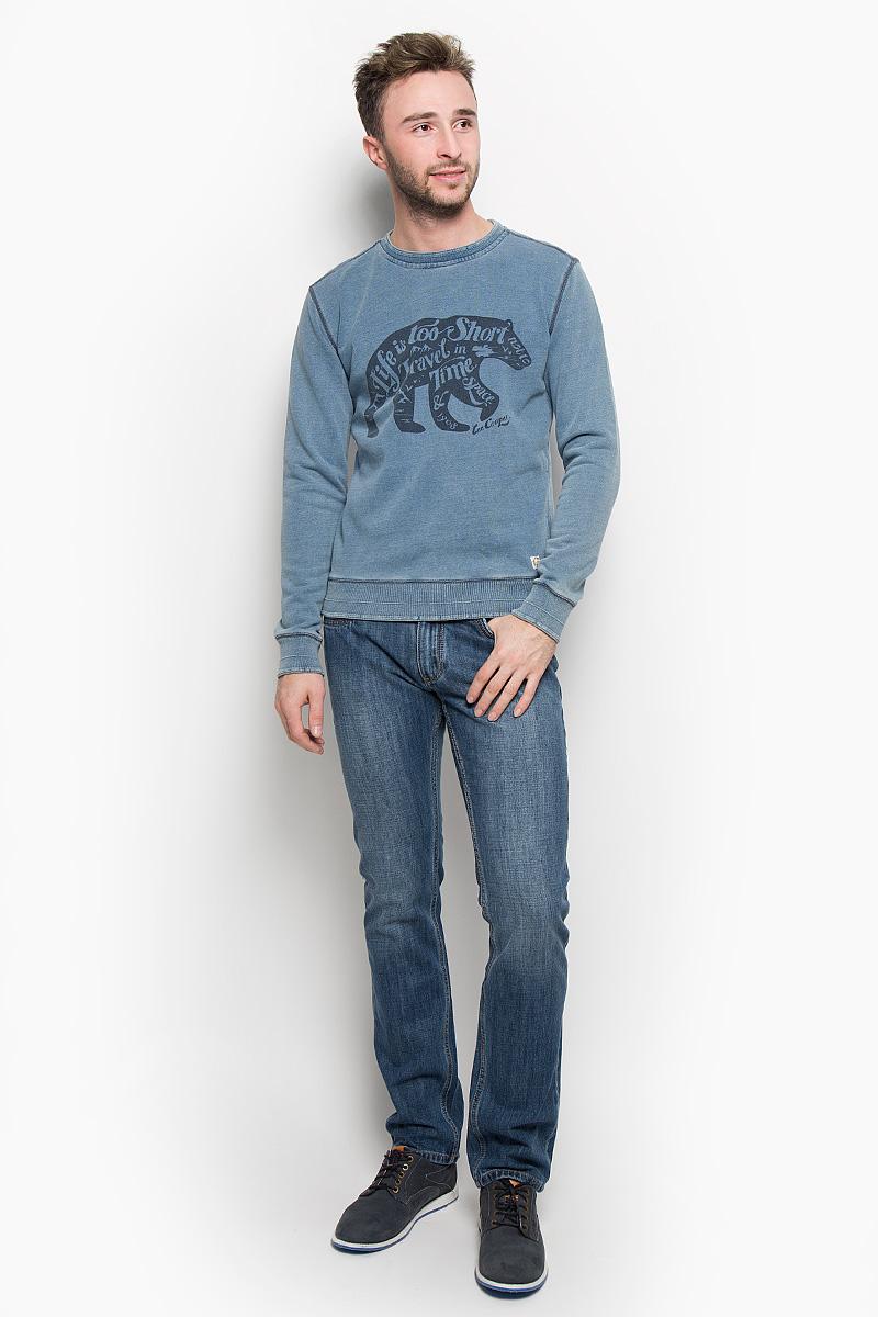 ТолстовкаLCHMJ096/DKDENIMУтепленная мужская толстовка Lee Cooper, изготовленная из натурального хлопка, необычайно мягкая и приятная на ощупь, не сковывает движения. Модель с круглым вырезом горловины и длинными рукавами. Вырез горловины, низ рукавов и низ модели дополнены трикотажными резинками. Толстовка оформлена изображением оригинального медведя и принтовыми надписями. Эта модная и в то же время комфортная толстовка отличный вариант как для активного отдыха, так и для занятий спортом!