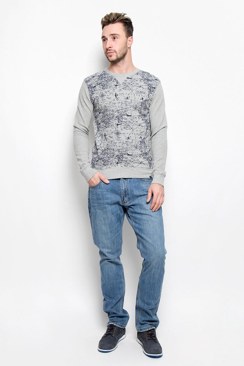 Джинсы мужские Lee Cooper Iconic Arthur, цвет: синий джинс. M10075-0201. Размер 33-34 (44/46-34)M10075-0201_WN15Стильные мужские джинсы Lee Cooper Arthur из коллекции Iconic - джинсы высочайшего качества, которые прекрасно сидят.Модель прямого кроя и средней посадки изготовлена из натурального хлопка. Застегиваются джинсы на пуговицу в поясе и ширинку на молнии, также имеются шлевки для ремня. Спереди модель дополнена двумя втачными карманами и одним небольшим накладным кармашком, а сзади - двумя накладными карманами. Оформлено изделие контрастной прострочкой и металлическими клепками с названием бренда.Эти модные и в то же время удобные джинсы помогут вам создать оригинальный современный образ. В них вы всегда будете чувствовать себя уверенно и комфортно.