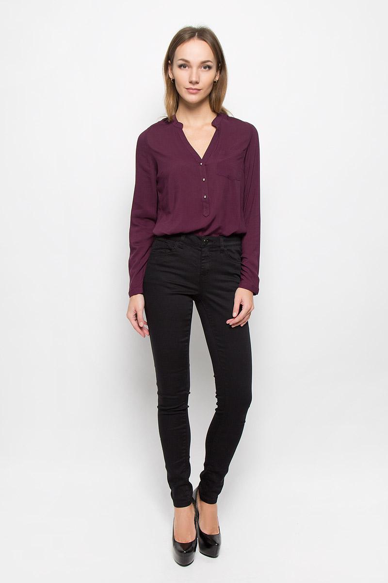 Брюки женские Broadway Jane, цвет: черный. 10156830. Размер M (46)10156830_999Стильные женские брюки Broadway Jane - это изделие высочайшего качества, которое превосходно сидит и подчеркнет все достоинства вашей фигуры. Брюки-скинни стандартной посадки выполнены из эластичного высококачественного материала, что обеспечивает комфорт и удобство при носке. Модель застегивается на пуговицу в поясе и ширинку на застежке-молнии, имеет шлевки для ремня. Брюки имеют классический пятикарманный крой: они оснащены двумя втачными карманами и небольшим втачным кармашком спереди, и двумя втачными карманами на пуговицах сзади.Эти модные и в то же время комфортные брюки послужат отличным дополнением к вашему гардеробу и помогут создать неповторимый современный образ.