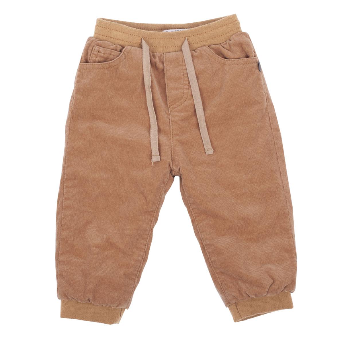 Брюки216GBBC6401Утепленные брюки для малышей! Что может важнее для длительных осенних прогулок на свежем воздухе! Их основная функция - сохранение тепла и, вне всяких сомнений, эти брюки с ней справятся на все 100! Удачная конструкция, выверенные пропорции не создают ненужного объема, мешающего свободе движений. Эти модные брюки из вельвета на трикотажной подкладке обеспечивают уют и комфорт.