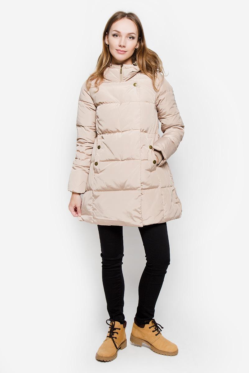 Пальто женское Sela Casual, цвет: бежевый. Ced-126/652-6414. Размер L (48)Ced-126/652-6414Удобное женское пальто Sela Casual согреет вас в прохладную погоду и позволит выделиться из толпы. Модель с длинными рукавами и несъемным капюшоном выполнена из полиэстера. Наполнитель из натурального пуха и пера надежно сохранит тепло и не позволит вам замерзнуть.Пальто застегивается на застежку-молнию спереди и имеет ветрозащитный клапан на кнопках. Изделие дополнено двумя втачными карманами на кнопках спереди. Рукава дополнены внутренними трикотажными манжетами. Это модное и уютное пальто - отличный вариант для прогулок, оно подчеркнет ваш изысканный вкус и поможет создать неповторимый образ.