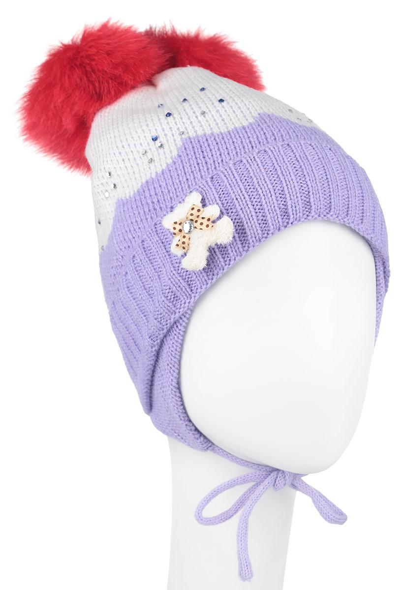 Шапка для девочки Nota Bene, цвет: белый, сиреневый, красный. AW150037. Размер M (52/54)AW150037-07Вязанная детская шапочка Nota Bene станет отличным дополнением к детскому гардеробу. Верх изделия изготовлен из высококачественного акрила с добавлением шерсти, это обеспечивает тепло икомфорт. Благодаря эластичной вязке, шапка идеально прилегает к голове ребенка.Шапка оформлена выкладкой из блестящих страз и небольшой аппликацией в виде мишки, макушка модели дополнена двумя пушистыми помпонами из искусственного меха. Изделие завязывается на шнурочки, пришитые сбоку к удлиненным ушкам, тем самым обеспечивает тепло в холодную погоду и защищает детские ушки от холода. Дополнена шапочка нашивкой с названием бренда. Оригинальный дизайн и расцветка делают эту шапку стильным предметом детского гардероба. В ней ребенку будет тепло, уютно и комфортно. Уважаемые клиенты!Размер, доступный для заказа, является обхватом головы.
