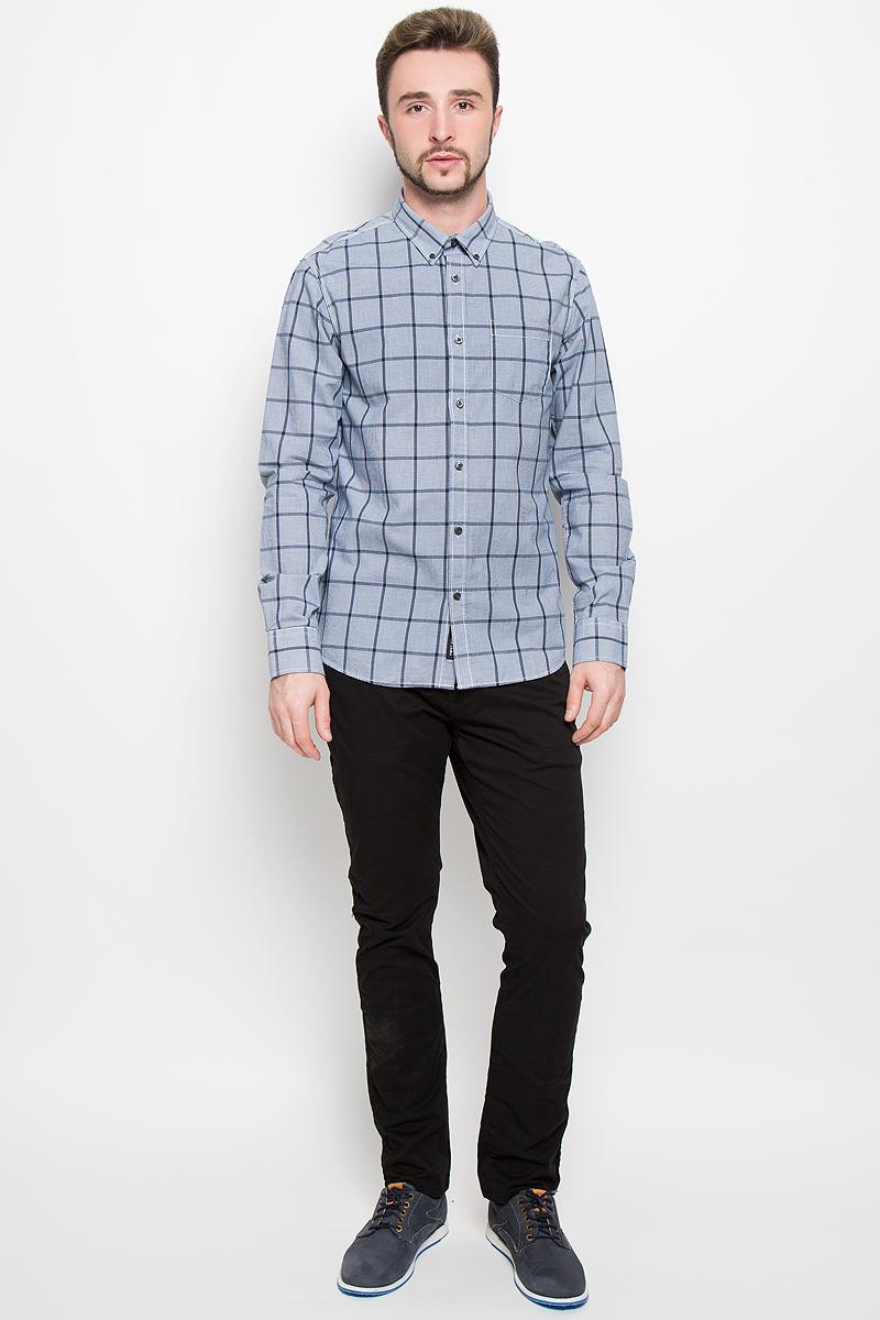 Рубашка20100278_87Стильная мужская рубашка Broadway, изготовленная из натурального хлопка, необычайно мягкая и приятная на ощупь. Модная рубашка с отложным воротником, длинными рукавами и полукруглым низом застегивается на пластиковые пуговицы. Модель оформлена принтом в крупную клетку и на груди слева дополнена накладным кармашком. Рукава рубашки дополнены манжетами на пуговицах.