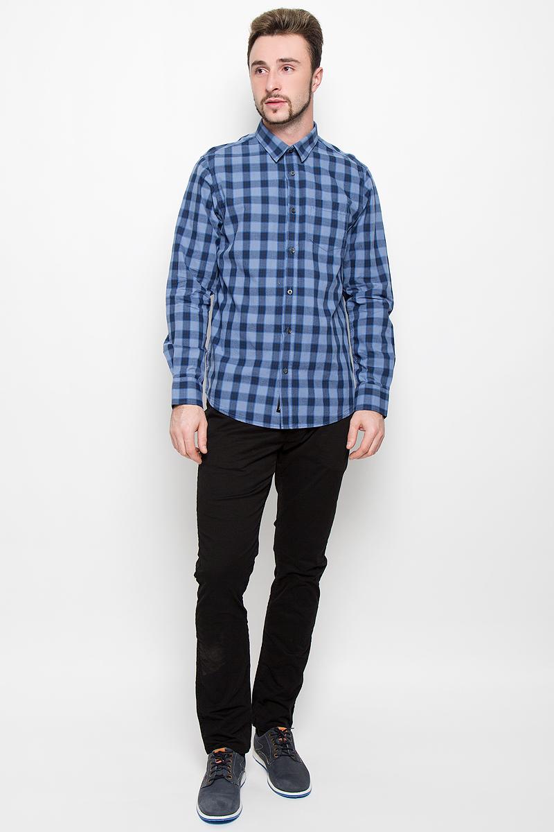 Рубашка20100277_537Стильная мужская рубашка Broadway, изготовленная из натурального хлопка, необычайно мягкая и приятная на ощупь. Модная рубашка с отложным воротником, длинными рукавами и полукруглым низом застегивается на пластиковые пуговицы. Модель оформлена принтом в крупную клетку и на груди слева дополнена накладным кармашком. Рукава рубашки дополнены манжетами на пуговицах.