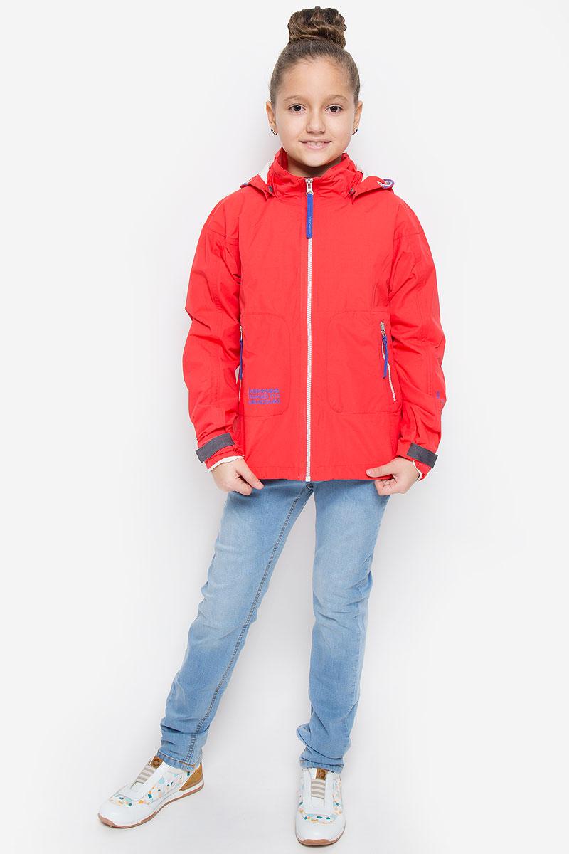 Куртка500098_270Куртка для девочки Didriksons1913 Carissa GS выполнена из непромокаемой и непродуваемой мембранной ткани. Куртка с воротником-стойкой и съемным капюшоном на кнопках застегивается на удобную застежку-молнию спереди. Рукава оснащены хлястиками на липучках. Низ модели дополнен шнурком-кулиской со стоппером. Спереди расположены два втачных кармана на застежках-молниях, изнутри - накладной карман на кнопке и накладной карман-сетка. Модель рассчитана на температуру от +7°C до +15°C.