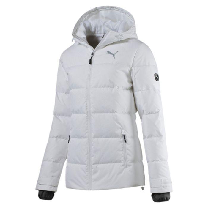 Куртка838678_02Стильная и теплая женская куртка ACTIVE Protective Down Jacket. Модель декорирована логотипом PUMA, нанесенным методом глянцевой печати, а также силиконовой эмблемой PUMA. Модель изготовлена с использованием технологии stormCELL из водонепроницаемых, но в то же время дышащих материалов, способных справиться с любой непогодой. Среди других отличительных особенностей модели - капюшон изменяемой формы с затягивающимися шнурами, снабженными стопорами, ветрозащитный клапан и наращённый спереди ворот, надежно закрывающий шею и подбородок, язычки застежек-молний из светоотражающего материала, манжеты на застежке-липучке, вторые удлиненные манжеты из эластичного материала с отверстием для большого пальца, боковые карманы на молнии с односторонней подкладкой из флиса, подол с кулиской и затягивающимся шнуром со стопорами для регулирования посадки, петля для вешалки, висячий ярлык с указанием состава наполнителя.