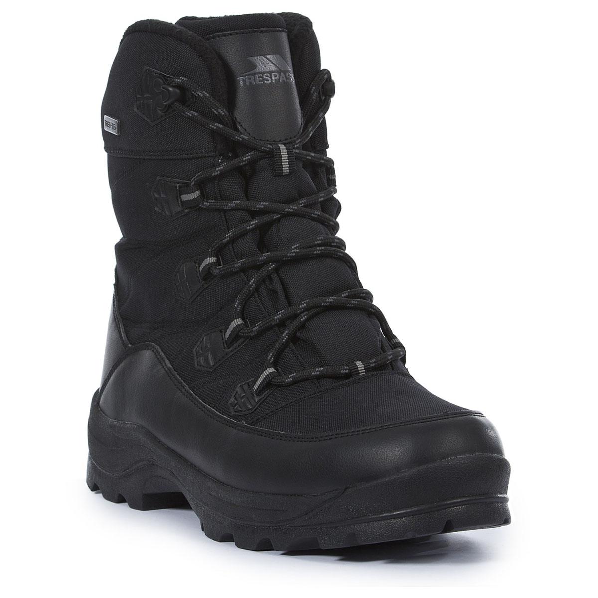 Ботинки трекинговые мужские Trespass Zotos, цвет: черный. MAFOBOK20001. Размер 45MAFOBOK20001Современные, технологичные, трекинговые ботинки Zotos от Trespass выполнены из водонепроницаемого материала. Специальное покрытие эффективно обеспечивает сухость и комфорт вашим ногам. Подкладка из флиса и стелька из текстиля согреют ваши ноги. Шнуровка надежно зафиксирует модель на ноге. Подошва дополнена рифлением. Ботинки прекрасно подойдут для пеших походов по пересеченной местности.