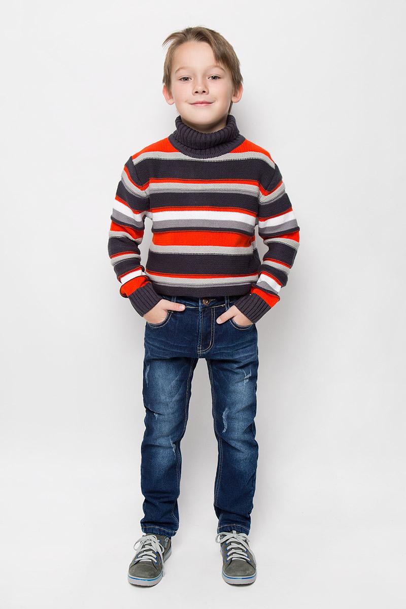 Джинсы206347Стильные утепленные джинсы Sweet Berry изготовлены из хлопка с добавлением эластана. Они необычайно мягкие и приятные на ощупь, не сковывают движения и позволяют коже дышать, не раздражают даже самую нежную и чувствительную кожу ребенка. Мягкая флисовая подкладка обеспечит тепло и комфорт. Джинсы прямого кроя застегиваются на пуговицу в поясе и ширинку на застежке-молнии. С внутренней стороны пояс дополнен регулируемой эластичной резинкой, которая позволяет подогнать модель по фигуре. На поясе предусмотрены шлевки для ремня. Джинсы имеют классический пятикарманный крой: спереди модель оформлена двумя втачными карманами и одним маленьким накладным кармашком, а сзади - двумя накладными карманами. Модель оформлена контрастной прострочкой, перманентными складками и эффектом потертости.