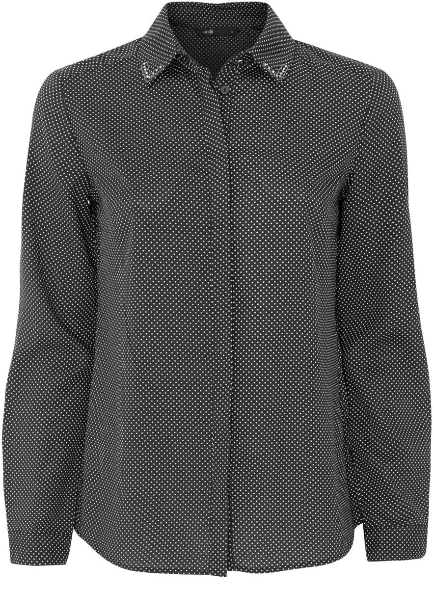 Блузка11403172-2/31427/2910DЖенская блузка oodji Ultra исполнена из воздушной ткани и декорирована стразами по углам воротничка. Имеет длинный рукав и застегивается на пуговицы. Модель свободно садится по фигуре. Подходит для любого образа.