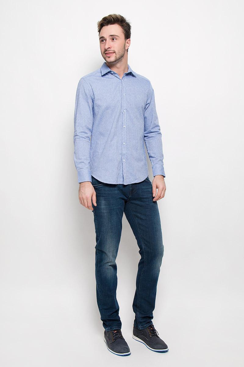 Рубашка мужская Mexx, цвет: голубой. MX3026969_MN_SHG_009. Размер XXL (56)MX3026969_MN_SHG_009_454Хлопковая рубашка Mexx идеально подойдет для стильных и уверенных в себе мужчин. Материал изделия тактильно приятный, позволяет коже дышать, не стесняет движений, обеспечивая комфорт при носке.Рубашка с отложным воротником и длинными рукавами застегивается на пуговицы. Манжеты на рукавах также имеют застежки-пуговицы.