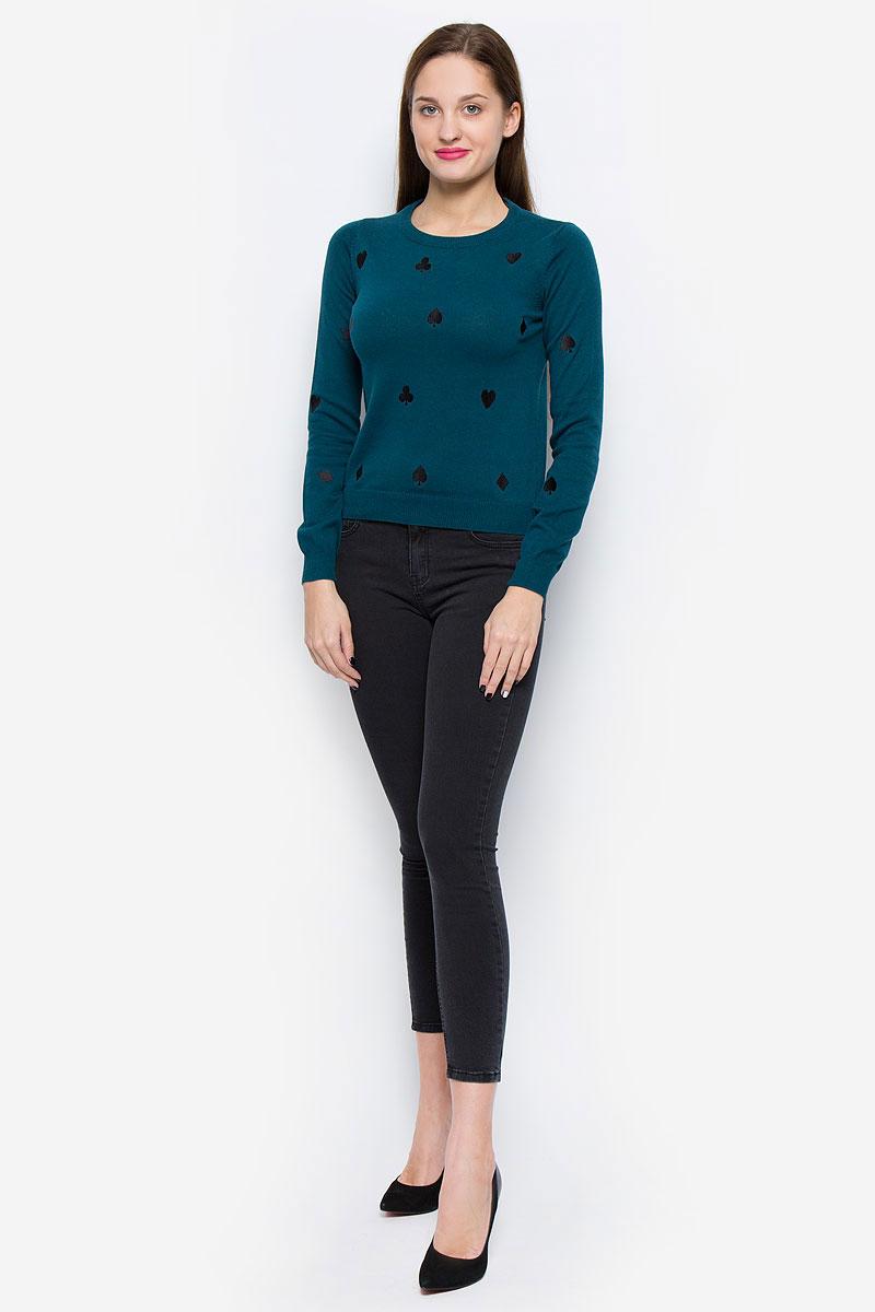 Пуловер10162065_Reflecting PondСтильный женский пуловер Vero Moda выполненный из натурального хлопка замечательно дополнит ваш образ в прохладную погоду. Модель с круглым вырезом горловины и длинными рукавами оформлена оригинальными вышивками. Горловина, низ изделия и манжеты рукавов выполнены резинкой.