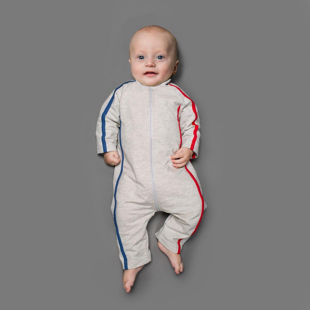 Комбинезон для мальчика Ёмаё, цвет: светло-серый меланж, синий, красный. 22-522. Размер 6822-522Комбинезон Ёмаё, изготовленный из футера - очень удобный и практичный вид одежды для малышей.Комбинезон с открытыми ножками застегивается спереди на длинную пластиковую застежку-молнию, что помогает с легкостью переодеть ребенка. Сзади модель дополнена двумя накладными кармашками. Оформлено изделие контрастными бейками. Комбинезон полностью соответствует особенностям жизни младенца в ранний период, не стесняя и не ограничивая его в движениях!