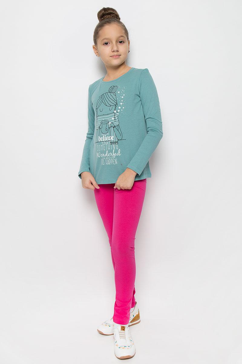 Футболка с длинным рукавом216BBGC12031200Стильный лонгслив для девочки Button Blue, выполненный из натурального хлопка, станет отличным дополнением к детскому гардеробу. Модель с круглым вырезом горловины и длинными рукавами спереди оформлена оригинальным принтом. Горловина дополнена трикотажной резинкой.