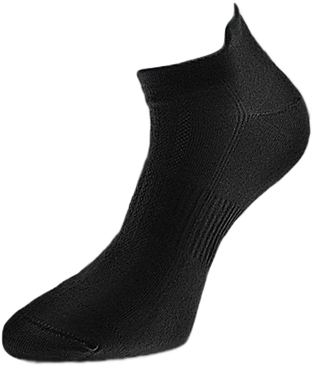 Комплект носковZCL109Мужские укороченные носки Гранд выполнены из хлопка, для занятий спортом. Основа материала - высококачественный хлопок. Носки хорошо держат форму и обладают повышенной воздухопроницаемостью, не линяют после многочисленных стирок, имеют укороченную высоту паголенка и усиленные пятку и мысок для повышенной износостойкости. Резинка вокруг стопы обеспечивает дополнительную фиксацию. Функция отвода влаги позволяет сохранить ноги сухими. Носки произведены по европейским стандартам на современных итальянских вязальных автоматах Busi Giovanni.
