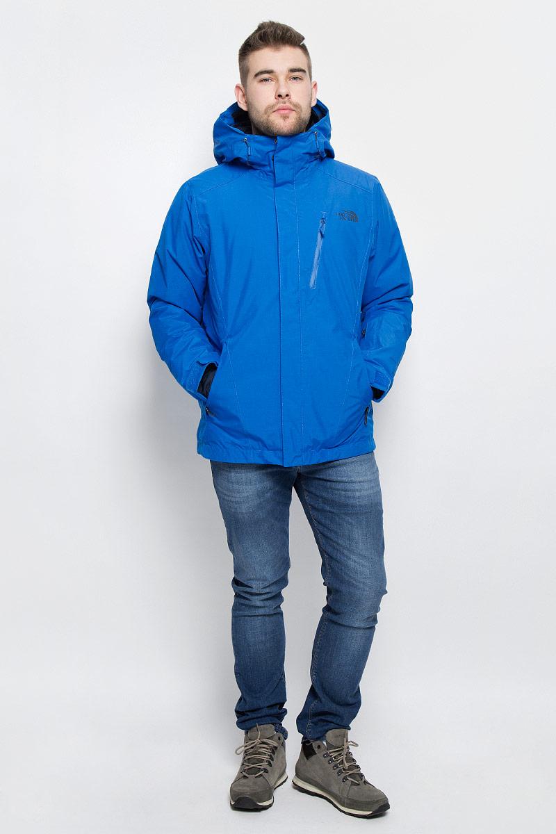 КурткаT0CSK1F89Мужская куртка The North Face M Descendit Jkt выполнена из высококачественного полиэстера. Материал изготовлен при помощи технологии DryVent, которая обеспечивает превосходные водонепроницаемые и дышащие свойства, и остается сухой как изнутри, так и снаружи. Подкладка изготовлена нейлона. В качестве утеплителя используется полиэстер, который отлично сохраняет тепло. Куртка прямого кроя с несъемным капюшоном застегивается на застежку-молнию с ветрозащитной планкой на липучках и кнопках. Край капюшона дополнен эластичным шнурком со стоплерами. Рукава с внутренней стороны дополнены эластичными манжетами, а с внешней хлястиком на липучке. Проймы рукавов в нижней части дополнены застежками-молниями, которые можно расстегнуть в случае необходимости. Спереди расположено три прорезных кармана на застежке-молнии, с внутренней стороны - большой накладной карман, втачной кармана на застежке-молнии, а также предусмотрено отверстие для наушников. На левом рукаве расположен втачной карман на...