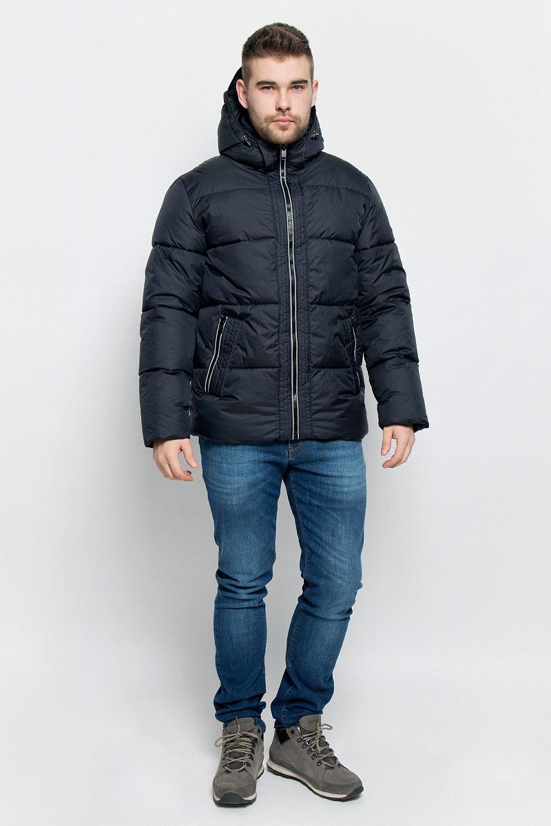 Куртка мужская Grishko, цвет: темно-синий. AL-2973. Размер 48AL-2973Мужская куртка Grishko выполнена из полиамида. Подкладка изготовлена полиэстера. В качестве утеплителя используется полиэфирное волокно, которое отлично сохраняет тепло.Куртка прямого кроя со съемным капюшоном и воротником-стойкой застегивается на застежку-молнию с внутренней ветрозащитной планкой. Капюшон дополнен эластичным шнурком со стоплерами и пристегивается к изделию за счет застежки-молнии. Рукава дополнены внутренними трикотажными манжетами. Спереди расположено два прорезных кармана на застежке-молнии, с внутренней стороны - накладной карман на застежке-молнии и втачной карман на кнопке. Изделие оформлено фирменным логотипом.Теплоизоляция до -25°С.