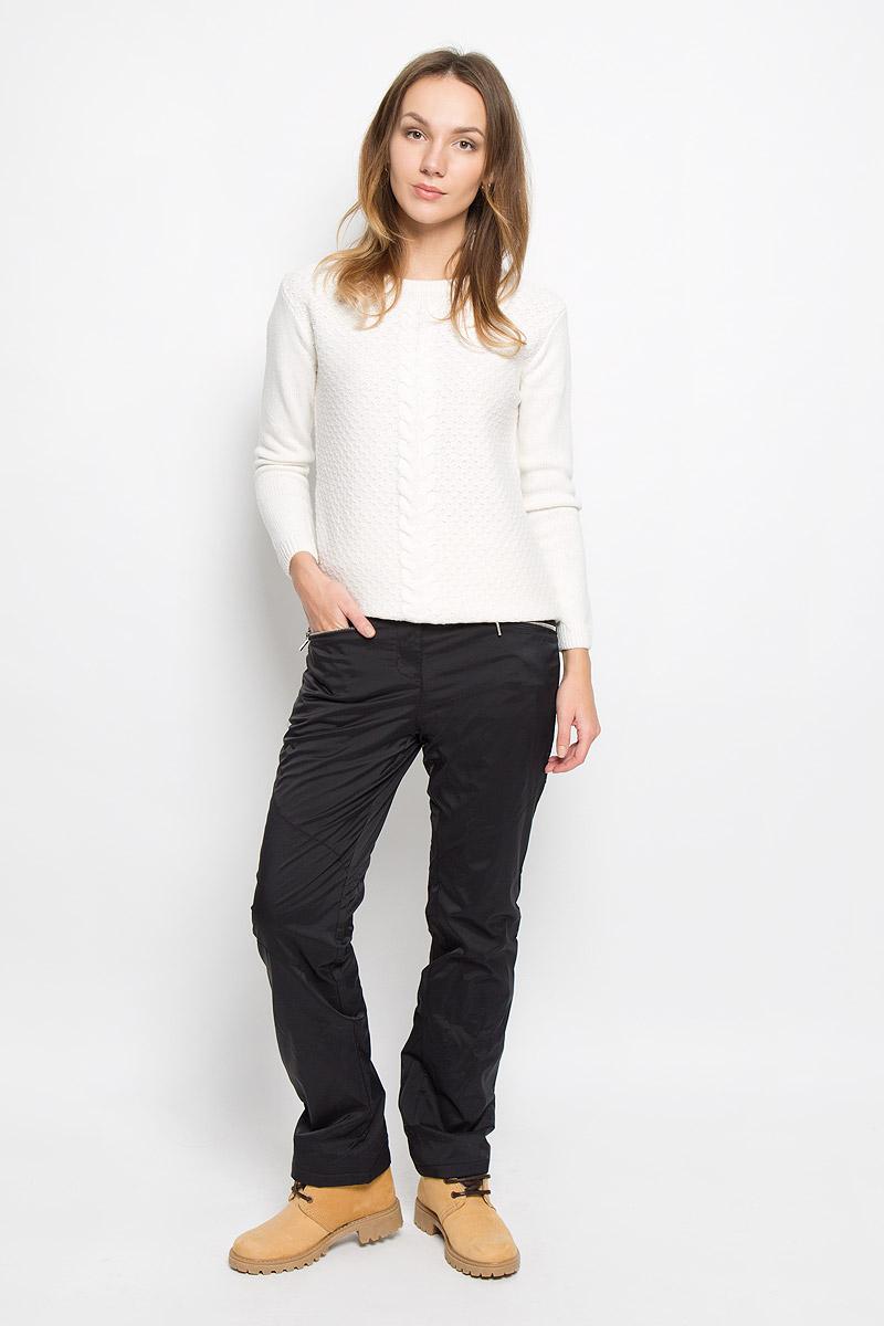 Брюки женские Baon, цвет: черный. B296530. Размер XL (50)B296530_BLACKЖенские брюки Baon отлично подойдут для холодной погоды. Модель выполнена водоотталкивающей ткани на мягкой флисовой подкладке. Брюки застегиваются на кнопку в поясе и имеют ширинку на застежке-молнии, также имеются шлевки для ремня. Спереди модель дополнена двумя врезными карманами на застежках-молниях.