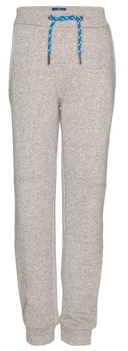 Брюки спортивные6829053.00.30_1000Детские спортивные брюки выполнены из высококачественного материала. Модель дополнена широким эластичным поясом с кулиской.