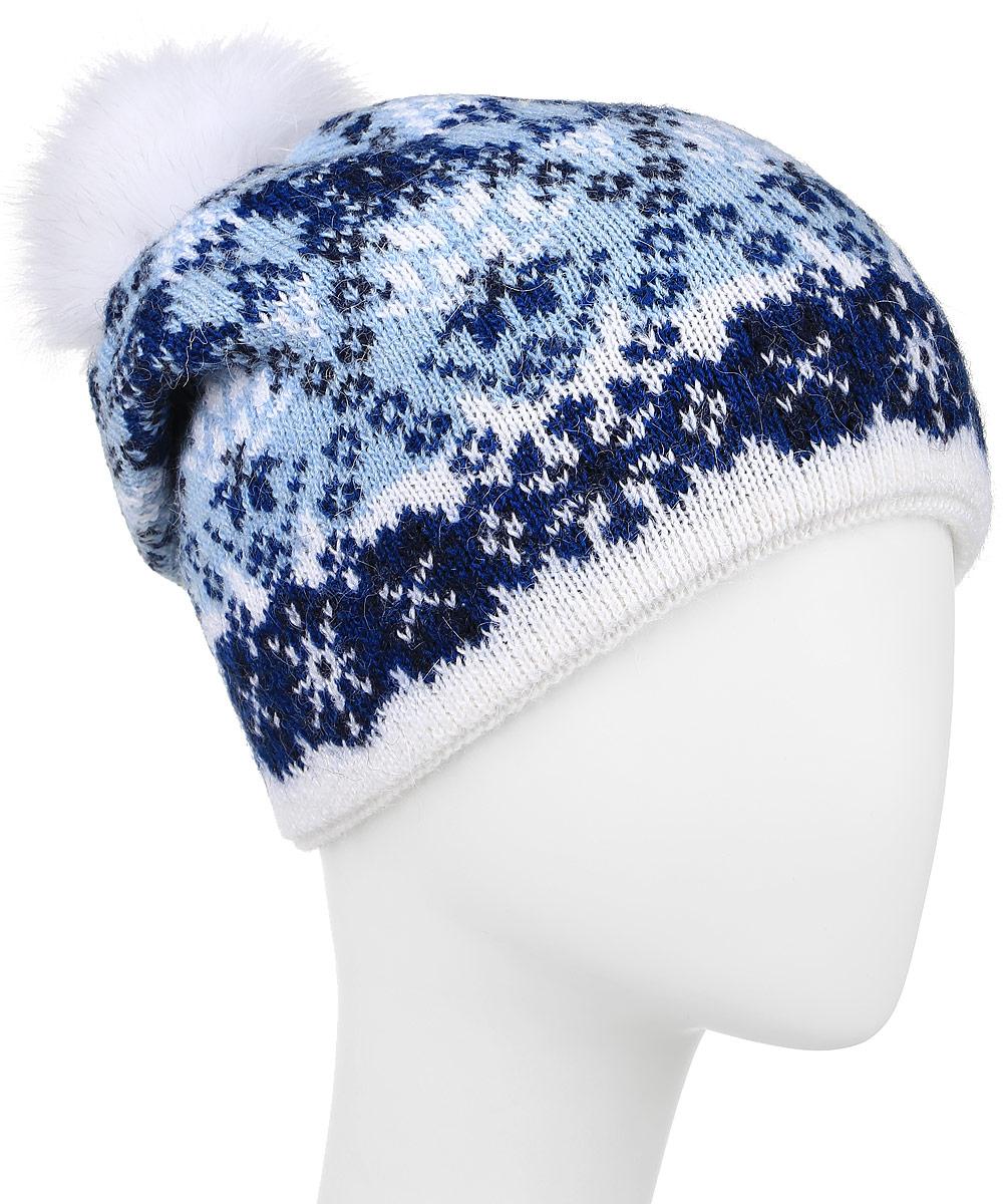 ШапкаW16-12125_138Теплая женская шапка Finn Flare, выполненная из высококачественной пряжи, отлично дополнит ваш образ в холодную погоду. Модель дополнена металлической пластиной с названием бренда и пушистым помпоном из натурального меха. Сзади шапка украшена декоративной складкой. Уважаемые клиенты! Размер, доступный для заказа, является обхватом головы.
