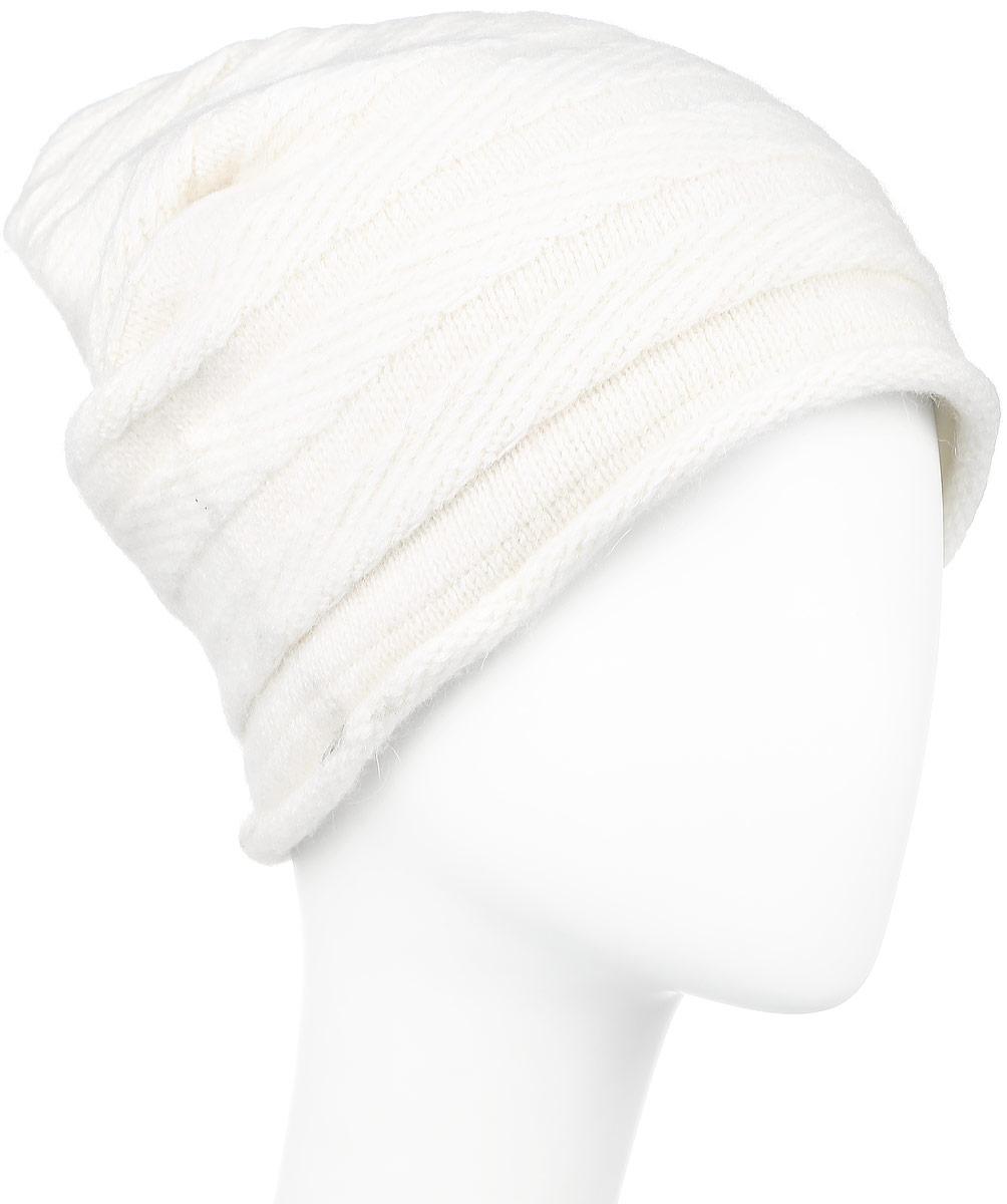 ШапкаW16-11129_200Стильная женская шапка Finn Flare дополнит ваш наряд и не позволит вам замерзнуть в холодное время года. Шапка выполнена из высококачественной комбинированной пряжи, что позволяет ей великолепно сохранять тепло и обеспечивает высокую эластичность и удобство посадки. Изделие дополнено теплой подкладкой. Модель с удлиненной макушкой оформлена металлической эмблемой с логотипом производителя. Такая шапка станет модным и стильным дополнением вашего гардероба. Она согреет вас и позволит подчеркнуть свою индивидуальность! Уважаемые клиенты! Размер, доступный для заказа, является обхватом головы.