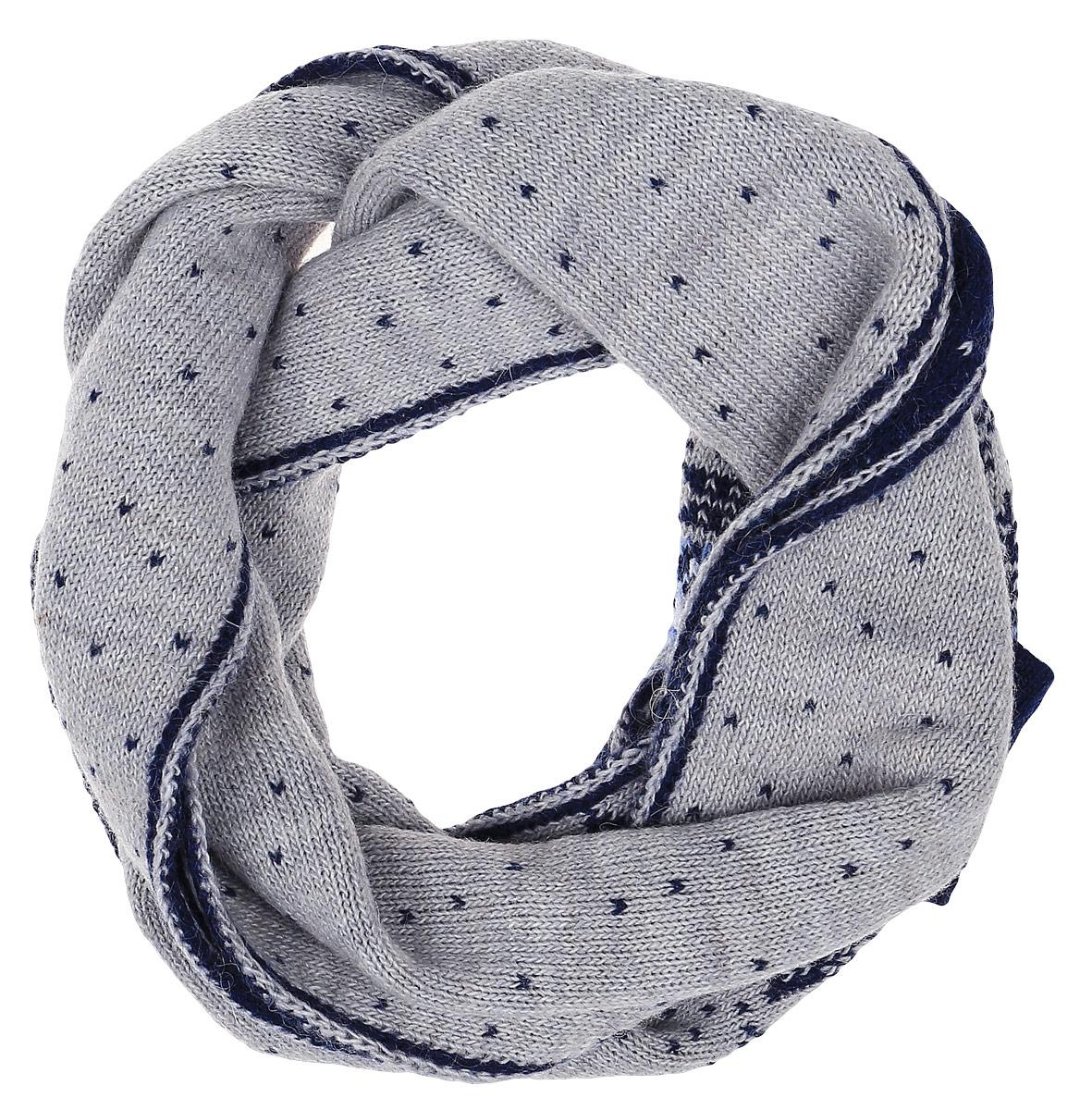 ШарфW16-12124_914Теплый женский шарф Finn Flare станет достойным завершением вашего образа. Шарф изготовлен из сочетания высококачественных материалов. Модель оформлена контрастным принтом с узорами.