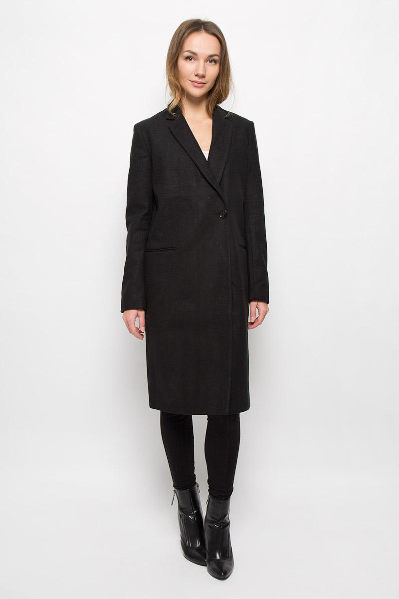 Пальто3820912.00.75_2999Женское пальто Tom Tailor Contemporary с длинными рукавами и воротником с лацканами выполнено из высококачественного комбинированного материала. Пальто застегивается на пуговицы спереди. Изделие дополнено двумя втачными карманами спереди.