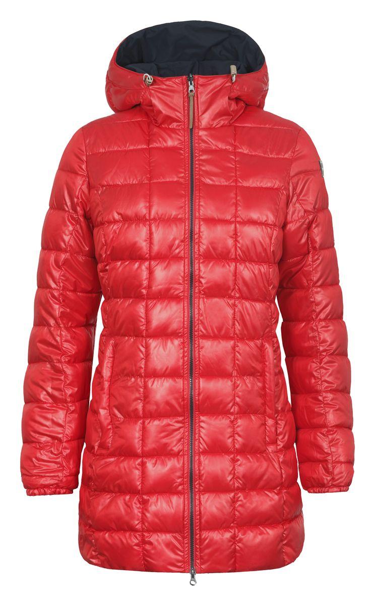 Куртка653057507IVДвусторонняя женская куртка Luhta Paavo с длинными рукавами и несъемным капюшоном выполнена из полиэстера в двух контрастных цветах. Наполнитель - синтепон. Куртка застегивается на застежку-молнию спереди. Изделие оснащено двумя втачными карманами на застежках-молниях с наружной и внутренней стороны. Рукава дополнены эластичными манжетами. Объем капюшона регулируется при помощи шнурка-кулиски.