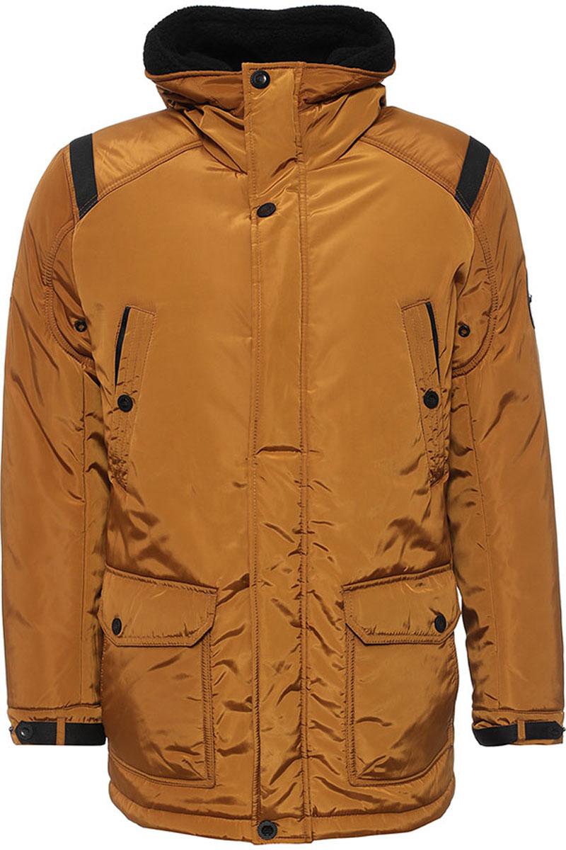 Куртка мужская Finn Flare, цвет: коричневый. W16-22011_611. Размер XL (52)W16-22011_611Стильная мужская куртка Finn Flare превосходно подойдет для холодной погоды. Куртка выполнена из высококачественного материала с подкладкой и наполнителем из полиэстера. Модель прямого кроя, немного удлинённая, с длинными рукавами и несъемным капюшоном застегивается на молнию и дополнительно имеет планку на кнопках. Капюшон утеплен, его края можно отогнуть и пристегнуть на кнопку. Спереди изделие дополнено двумя втачными карманами на кнопках и двумя накладными карманами с клапанами на кнопках. На внутренней стороне куртка оформлена одним прорезным карманом на молнии и двумя втачными карманами на пуговице и на липучке. В поясе и по низу модель регулируется в размере с помощью стопперов.