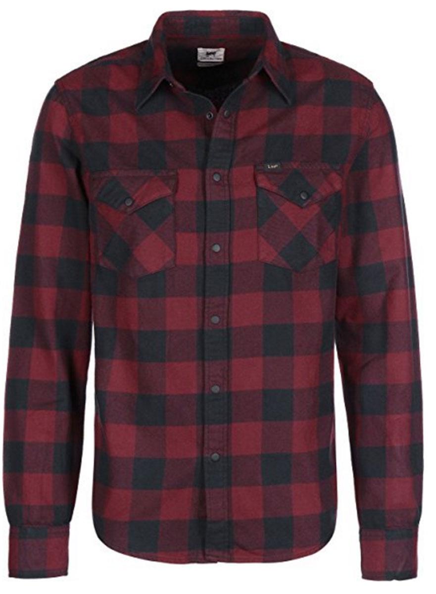 РубашкаL644CHRUМужская рубашка Lee выполнена из натурального хлопка. Рубашка slim fit с длинными рукавами и отложным воротником застегивается на кнопки спереди, воротник застегиваются на пуговицу. Манжеты рукавов также застегиваются на кнопки и пуговицы. Рубашка оформлена принтом в клетку. Модель дополнена двумя накладными нагрудными карманами с клапанами на кнопках.