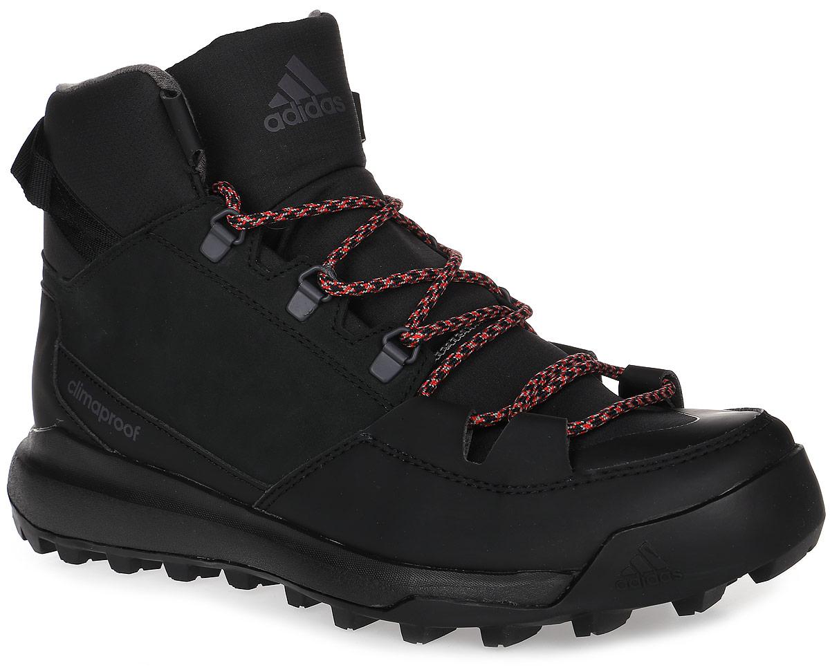 БотинкиAQ6571Мужские туристические ботинки CW Winterpitch Mid от adidas с водонепроницаемой мембраной Climaproof защищают ноги от влаги в суровых условиях зимнего хайкинга и на городских улицах. Модель выполнена из натурального нубука в средней части стопы со вставками из износостойких искусственных материалов и материала Ripstop для дополнительной защиты. Резиновая подошва Stealth обеспечивает непревзойденное сцепление на скользких поверхностях. На пятке расположен ремешок для удобства надевания и сниания. Классическая шнуровка надежно зафиксирует модель на ноге.