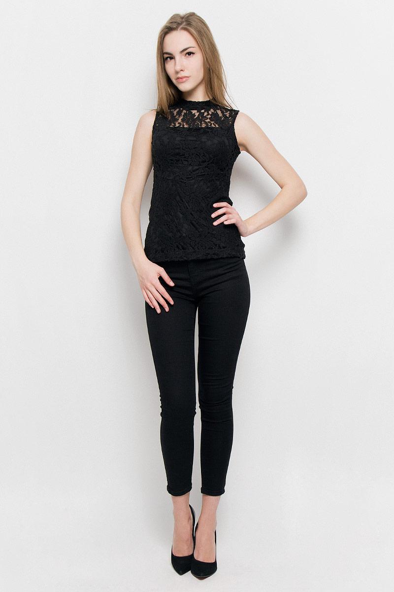 Топ10157003_001Модный женский топ Broadway Vianne выполнен из хлопка с добавлением полиамида и эластана. Модель приталенного кроя с воротником-стойкой и без рукавов застегивается на металлическую застежку-молнию, расположенную на спинке.