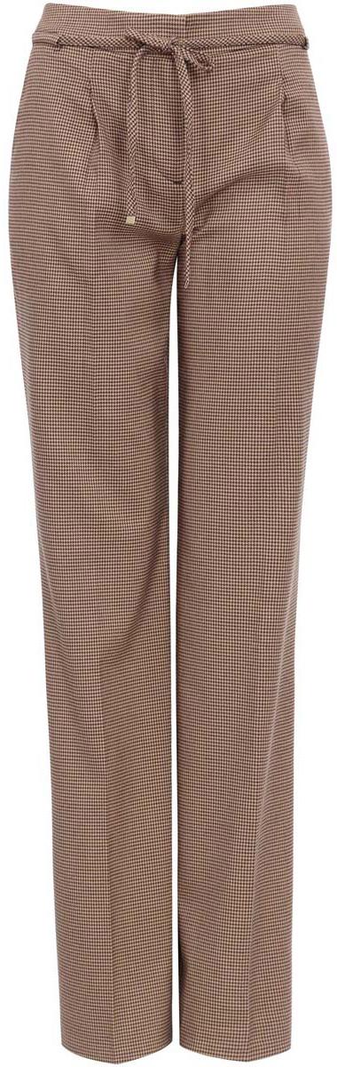 Брюки21705072-2M/24799/3733GСтильные женские брюки oodji выполнены из комбинированного материала. Модель со средней посадкой застегивается на молнию, пуговицу и застежку-крючок, дополнена завязками. Спереди изделие дополнено двумя втачными карманами, сзади имитацией двух прорезных карманов.