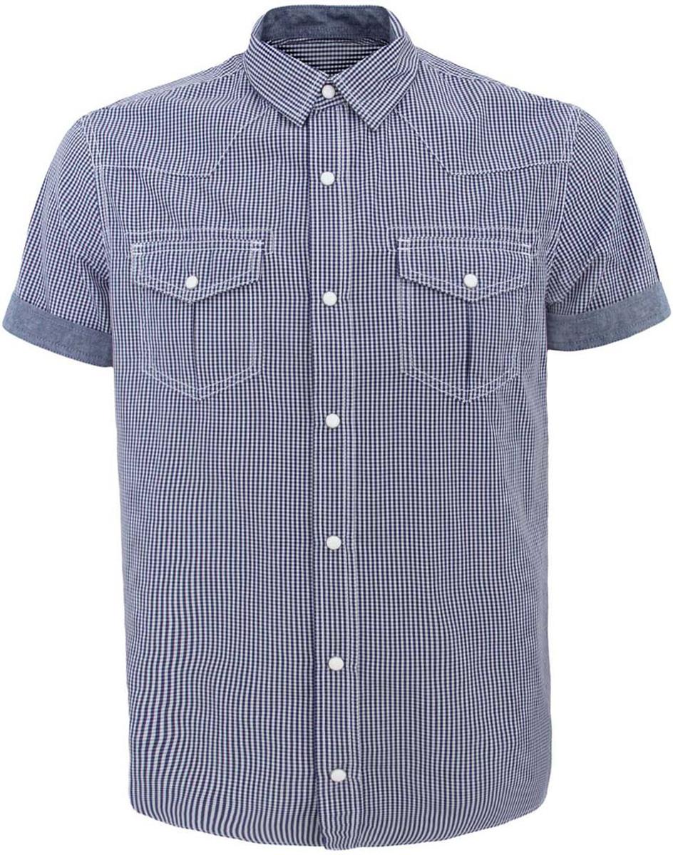 Рубашка3L410072M/44182N/1075CСтильная мужская рубашка oodji Lab выполнена из натурального хлопка. Модель с отложным воротником и короткими рукавами застегивается на застежки-кнопки по всей длине. Рукава дополнены стильными манжетами. Спереди рубашка оформлена двумя накладными карманами с клапанами на кнопках. Оформлена модель модным принтом в мелкую клетку.