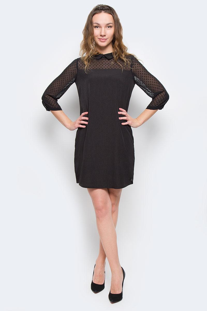 Платье5019586.00.71_2999Модное платье Tom Tailor Denim, изготовленное из высококачественного полиэстера, приятное на ощупь, не сковывает движения и обеспечивает комфорт. Модель-миди свободного кроя с отложным воротником и рукавами 3/4 застегивается на застежку-молнию, расположенную на спинке. Манжеты рукавов оснащены застежками-пуговицами.