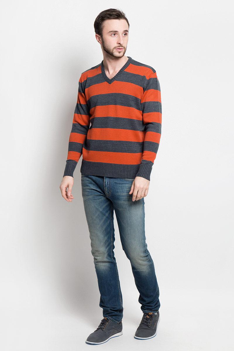 Джемпер мужской D&H Basic, цвет: темно-серый, оранжевый. А6000912. Размер М (50)А6000912Мужской джемпер D&H Basic с V-образным вырезом горловины и длинными рукавами изготовлен из высококачественной акриловой пряжи.Горловина, низ и манжеты джемпера связаны резинкой. Модель оформлена узором в виде контрастных полосок.
