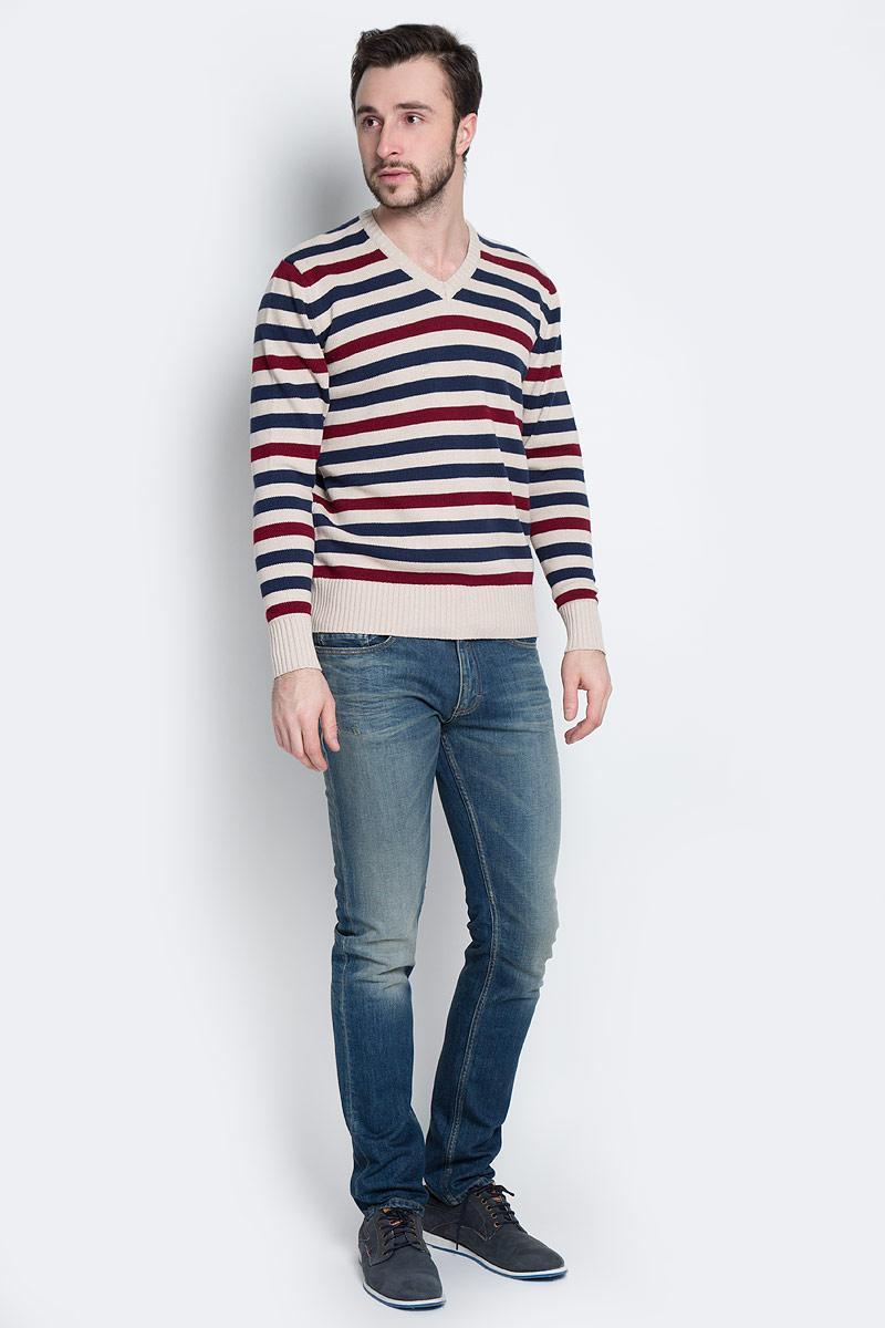Пуловер мужской D&H, цвет: бежевый, темно-синий, бордовый. А601160906. Размер M (50)А601160906Мужской пуловер Aussie изготовлен из натуральной хлопковой пряжи. Модель с V-образным вырезом горловины и длинными рукавами оформлена полосками. Манжеты и низ изделия связаны резинкой.
