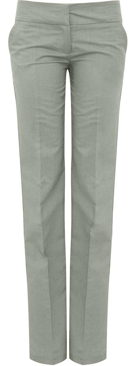 Брюки11706132-1/42721/6000NСтильные женские брюки oodji Ultra изготовлены из качественного рами с добавлением хлопка. Модель прямого кроя со стандартной посадкой выполнена в лаконичном стиле. Застегиваются брюки на два потайных крючка в поясе и застежку-молнию. Спереди изделие оформлено двумя втачными карманами, а сзади двумя карманами-обманками.