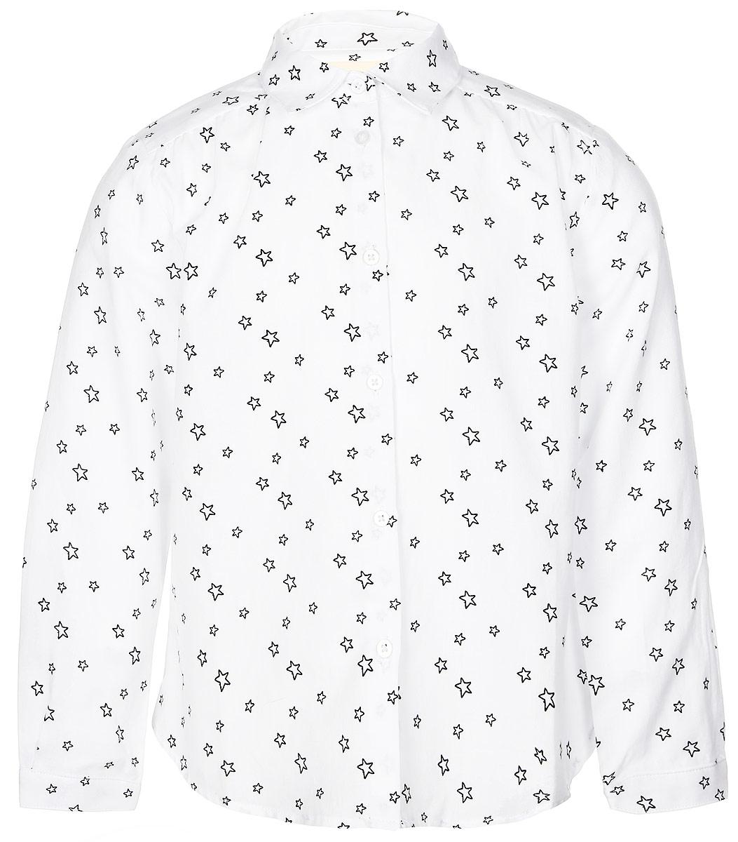 Рубашка216BBGC22010201Стильная рубашка Button Blue выполнена из натурального 100% хлопка. Модель свободного трапециевидного кроя с длинными рукавами и отложным воротником застегивается на пуговицы по всей длине и оформлена оригинальным звездным принтом. На манжетах предусмотрены застежки-пуговицы. Спинка немного удлинена.