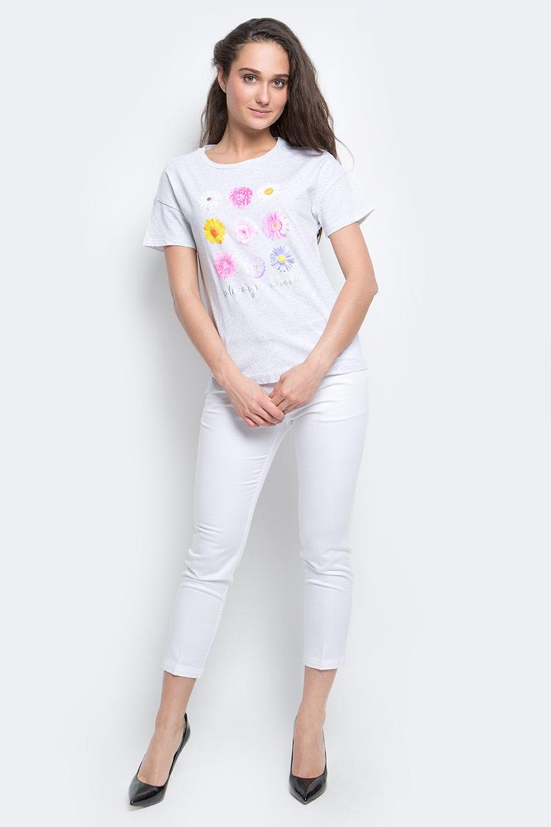 ФутболкаTs-111/265-7191Женская футболка Sela Casual выполнена из натурального хлопка. Футболка с круглым вырезом горловины и короткими рукавами оформлена интересным принтом в виде ярких цветов и надписями.