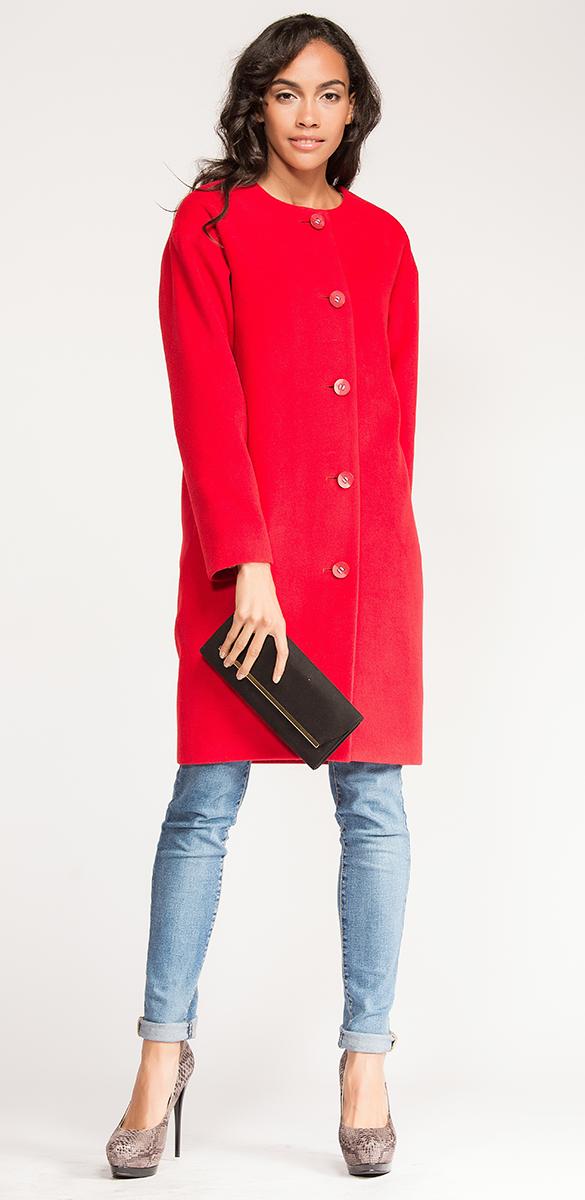 ПальтоVV16-7208-1Женское пальто Vittoria Vicci с длинными рукавами и круглым вырезом горловины выполнено из полиэстера с добавлением шерсти и вискозы. Подкладка изготовлена из вискозы и полиэстера. Пальто застегивается на крупные пуговицы спереди. Подкладка изделия оформлена ярким контрастным принтом.